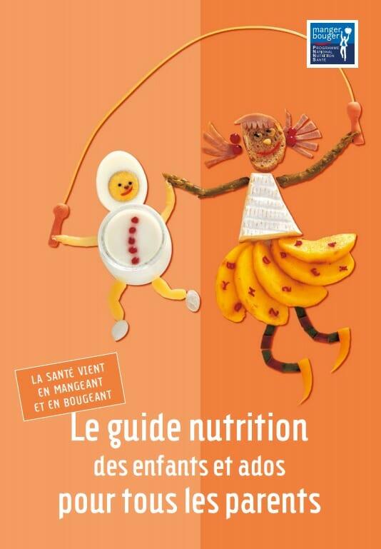 L'alimentation des jeunes enfants est primordiale pour leur croissance.